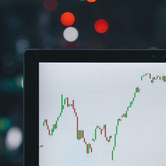 Ethereum DEX and DeFi Usage on the Rise: Positive Signs for ETH 20