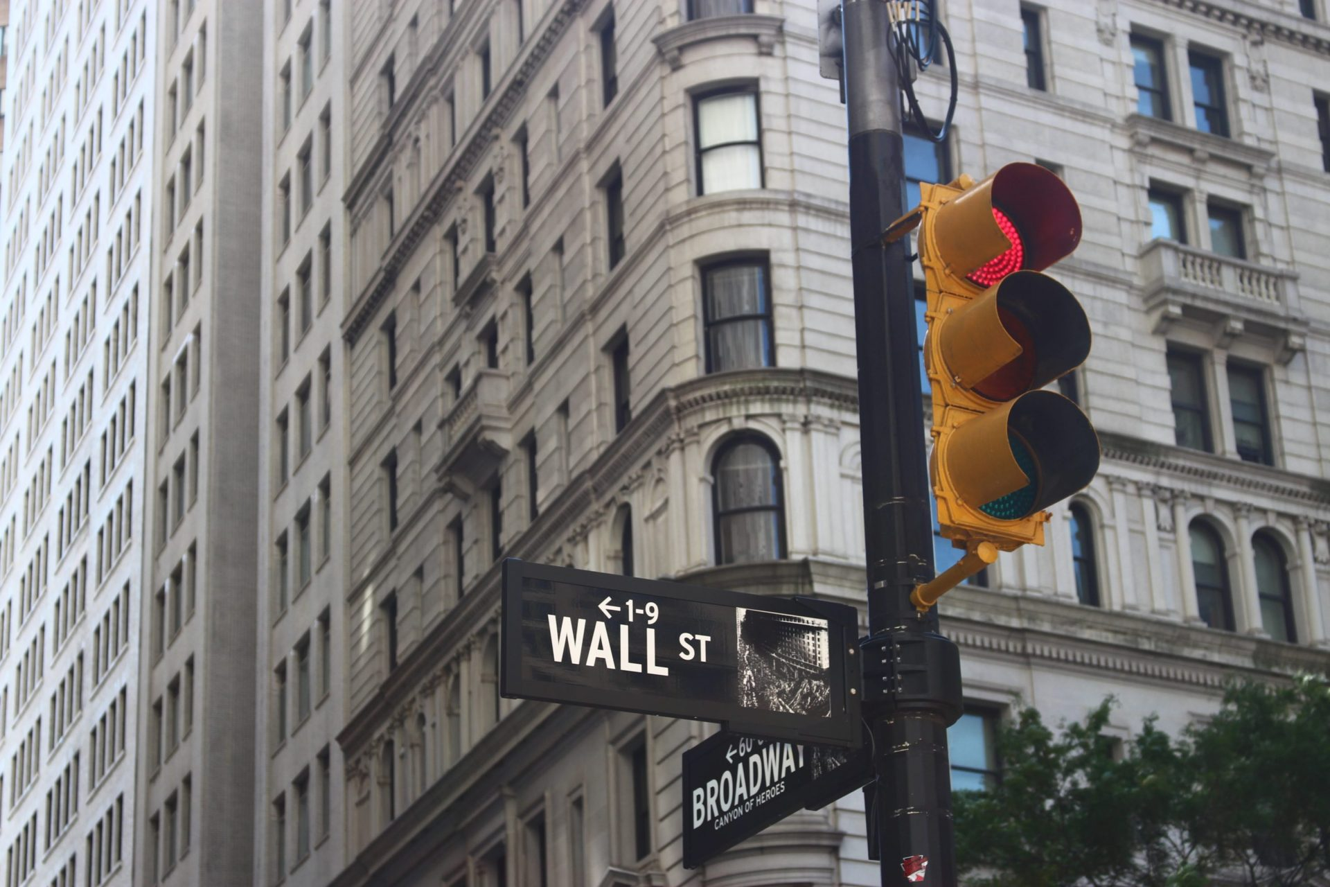 "Wall Street's Charles Schwab Bashes Crypto as ""Purely Speculative"" Investments 19"