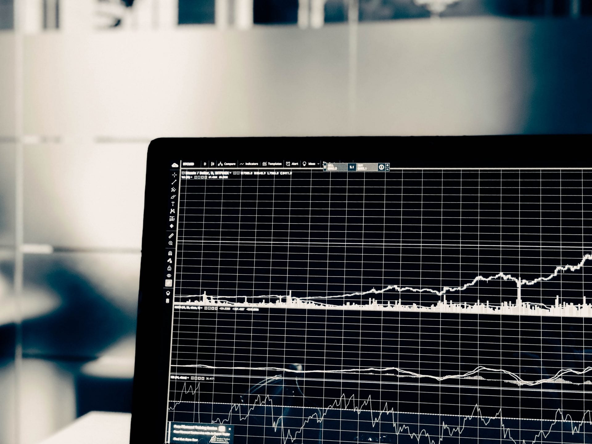 Bitcoin Price Volatility Is On Its Way, Bollinger Bands Show 14