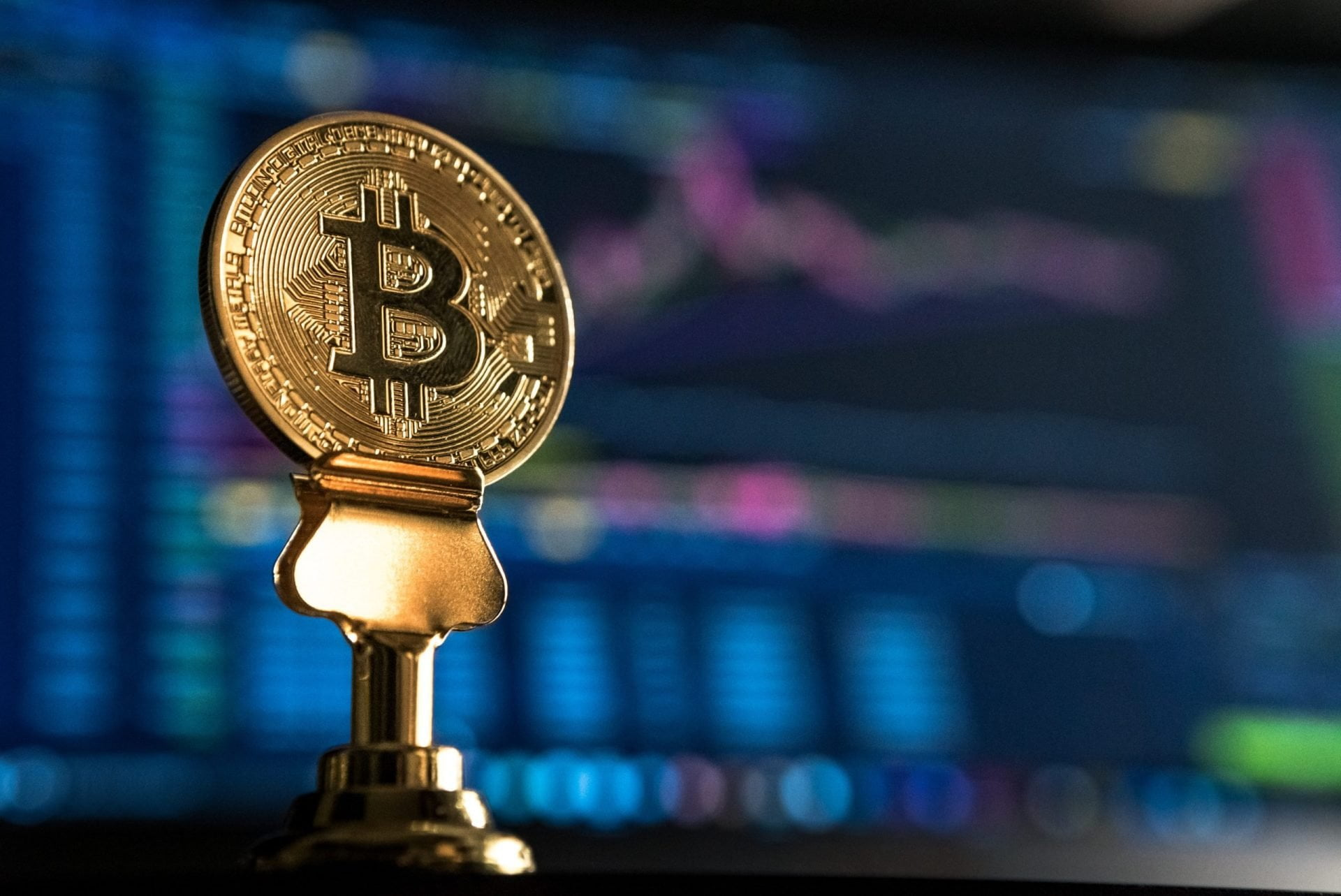 Bitcoin Bursts Past $10,000 (Again): Will Bulls Keep Up? 13
