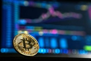 Bitcoin (BTC) Needs to Follow Through or Risk a Head-Fake - Bollinger 25