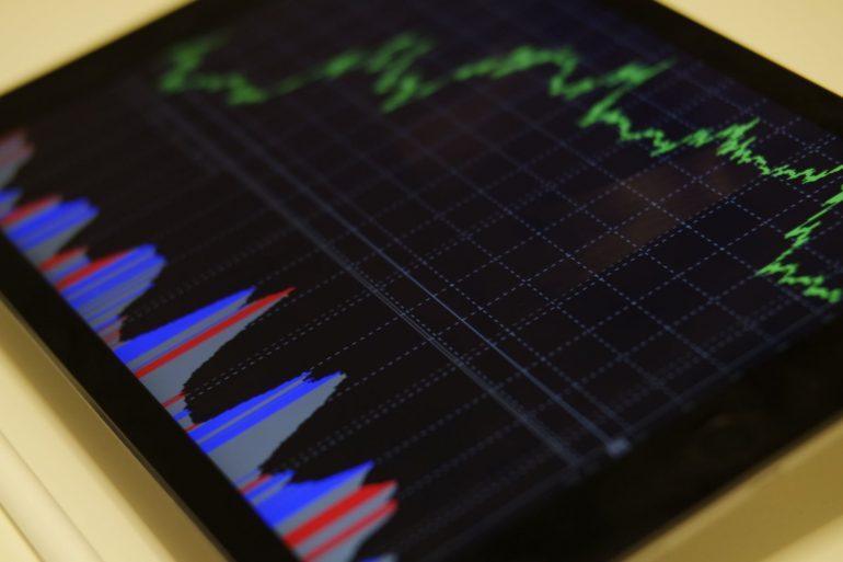 Uniswap Retakes DeFi Top Spot as Rival Platform Suffers 16