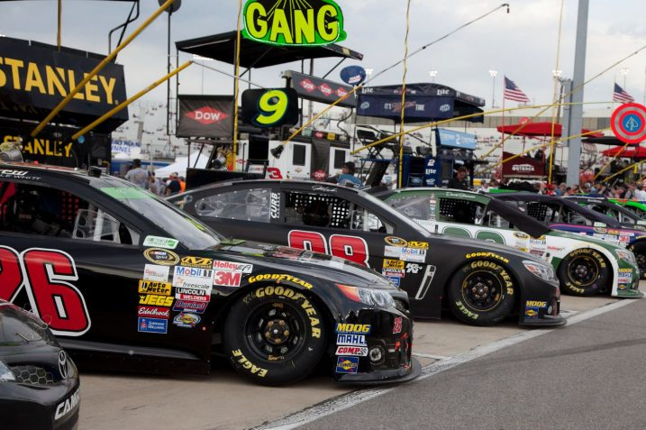 Nascar Driver Landon Cassill to Receive his Salary in Litecoin (LTC) 15